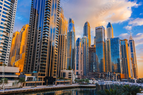 Fotografie, Tablou  Modern residential architecture of Dubai Marina, UAE