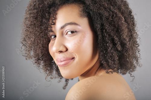 Foto  Beautiful curvy model