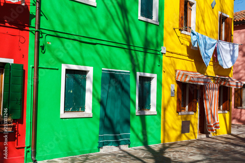 Leinwanddruck Bild - Andrey Cherkasov : Exterior of colorful houses of Burano Island in Venice
