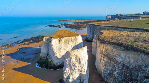Foto auf Leinwand Pool Aerial view over Botany Bay in Kent