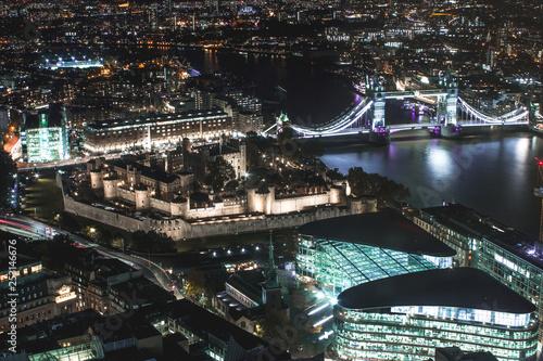 london by night tower bridge Canvas Print