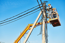 Power Electrician Lineman At W...