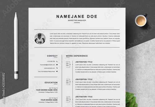 Black and White Resume and Cover Letter Layout. Kaufen Sie ...