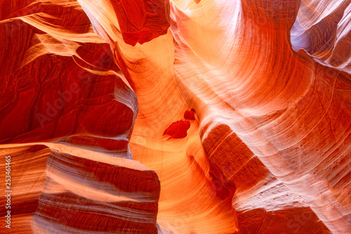 Foto auf AluDibond Rotglühen Antelope Canyon is a slot canyon in the American Southwest.
