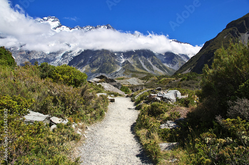 Fototapety, obrazy: Hooker Valley Track, Mount cook, Southern Alps, New Zealand