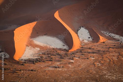 Foto  sunrise, aerial, desert dunes, Sussusvlei