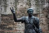 Fototapeta Londyn - posąg trajana w londynie