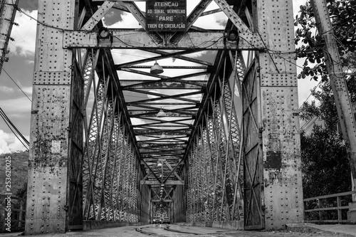 Fotografia, Obraz Ponte com trilhos