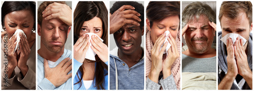 Fotografiet sick people having flu, cold and sneeze