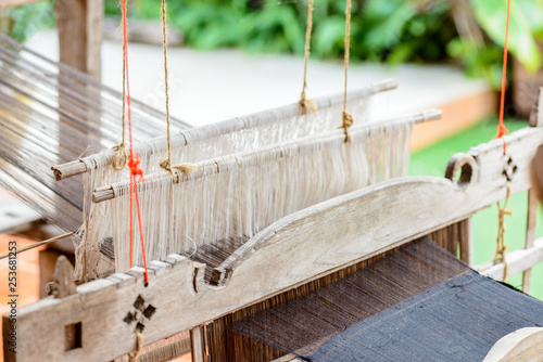 Fotografie, Obraz  Ancient weaving machines