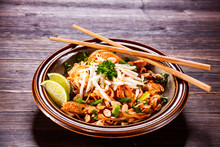 Pad Thai - Grilled Meat And Noodles