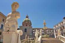 Magnificent Fountain Fontana Pretoria On Piazza Pretoria. Work Of The Florentine Sculptor Francesco Camilliani. Palermo Sicily Italy.