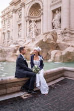 Italy, Rome, Wedding Couple At Fontana Di Trevi