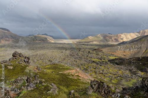 Fotografering  Regenbogen über der Landmannalaugar, Island