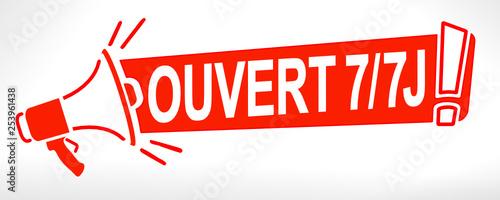 Fotografie, Tablou  ouvert sept jours sur sept mégaphone
