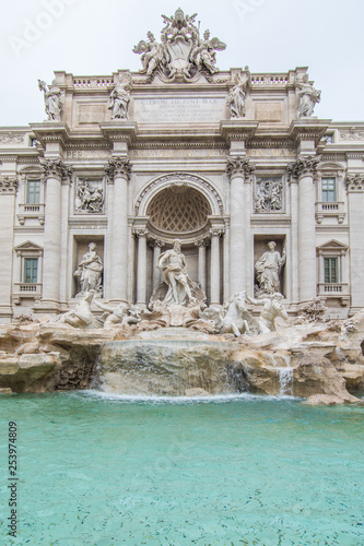 Keuken foto achterwand Rome Trevi Fountain in the morning light in Rome, Italy. Trevi is most famous fountain of Rome. Architecture and landmark of Rome.