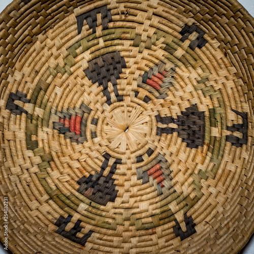 Fotografía  closeup of wicker basket