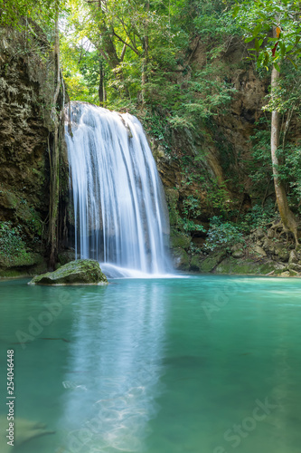 Photo Stands Waterfalls Erawan Waterfall tier 3, in National Park at Kanchanaburi, Thailand