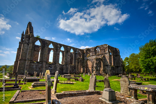 Photo Bolton Abbey, 12th century Augustine monastery in Yorkshire Dales,Great Britain