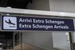 Extra Schengen Arrivals board, Italian: Arrivi Extra Schengen