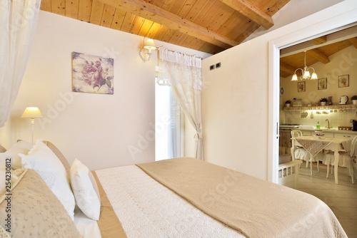 Fotografie, Obraz  Casa con arredamento romantico - shabby chic