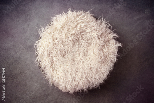 Fur in a Basket and Vignetted Newborn Backdrop for Photographers with a Single L Wallpaper Mural