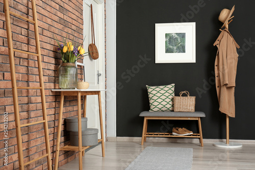 Fotomural Hallway interior with stylish table and bench
