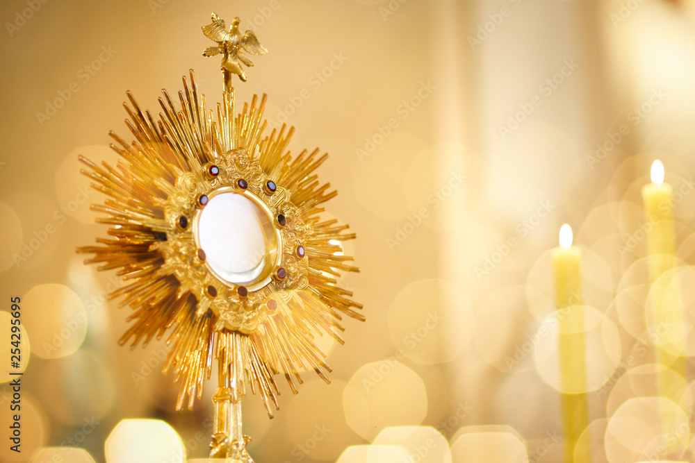 Fototapety, obrazy: Ostensorial adoration in the catholic church