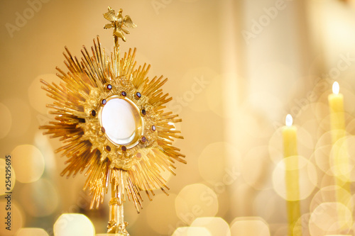 Ostensorial adoration in the catholic church