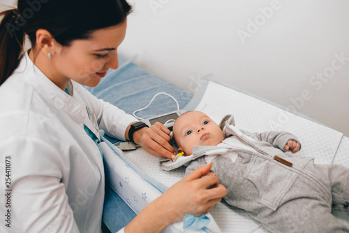 Hearing Test baby , Cortical auditory evoked potential analyzer Wallpaper Mural