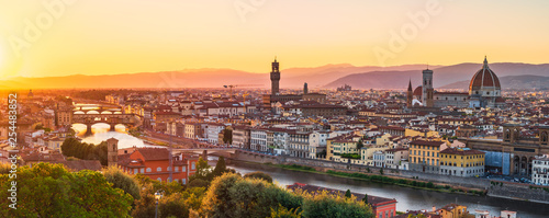 Fotobehang Florence Florence sunset with river and bridge