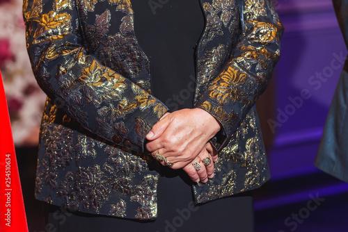 Fotografia  The hands of an elderly woman