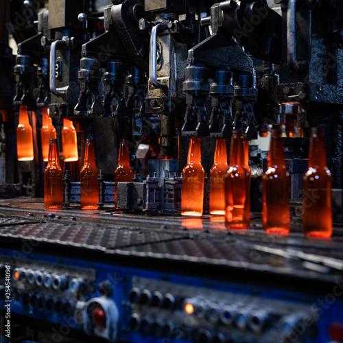 Huta szkła - Produkcja butelek