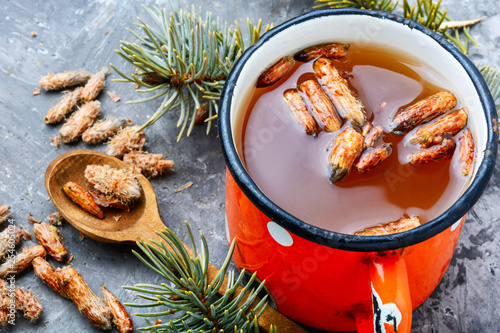 Stickers pour porte Pierre, Sable Tea with pine buds