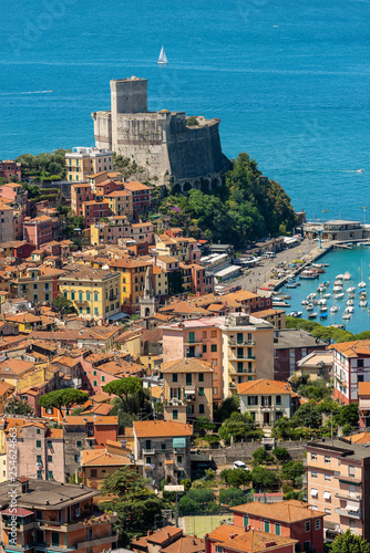 Cadres-photo bureau Milan Lerici town with castle - Gulf of La Spezia Liguria Italy