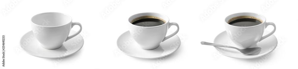 Fototapeta Czarna kawa w filiżance na białym tle