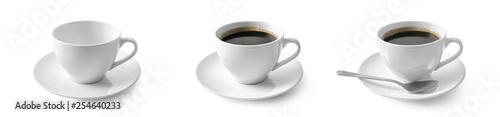 Fototapeta Czarna kawa w filiżance na białym tle obraz