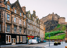 Street View On Edinburgh Castl...