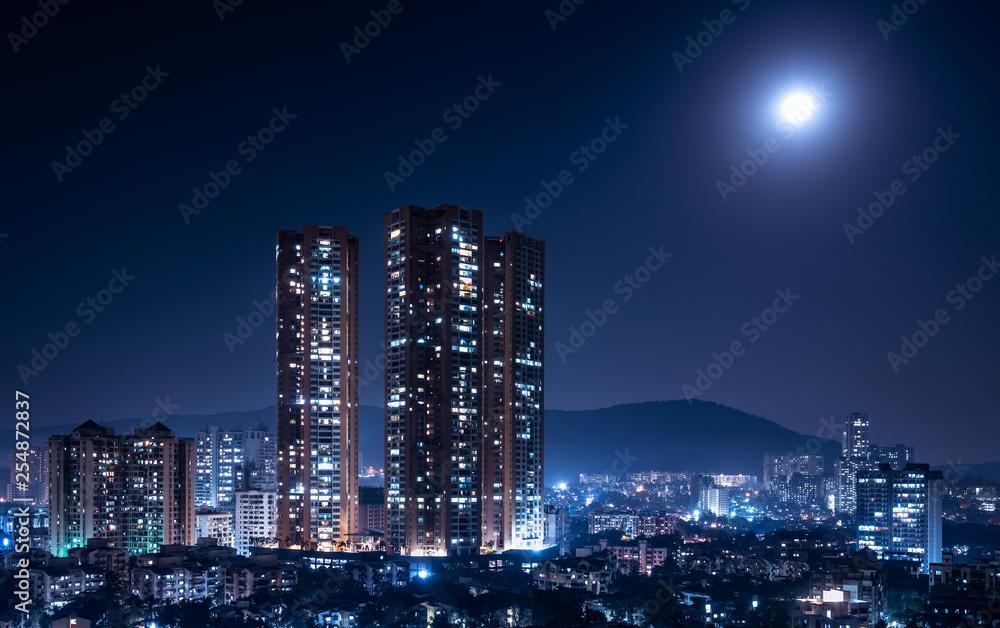 Fototapety, obrazy: Mumbai bathed in moonlight