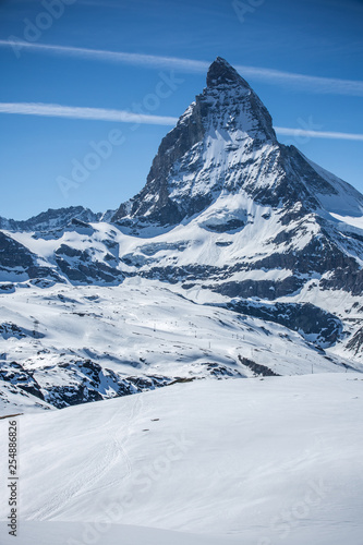 Photo Matterhorn with Blue Sky - Zermatt, Switzerland
