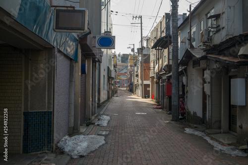裏通りの飲食店街 Fototapet