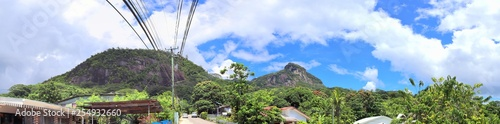 Spoed Foto op Canvas Olijf Beautiful and stunning high resolution panorama of landscape views on the Seychelles island