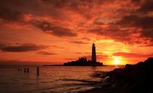 St Mary's Lighthouse Sunrise O...