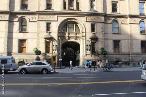 Poster New York TAXI Edificio Dakota donde asesinaron a John Lennon
