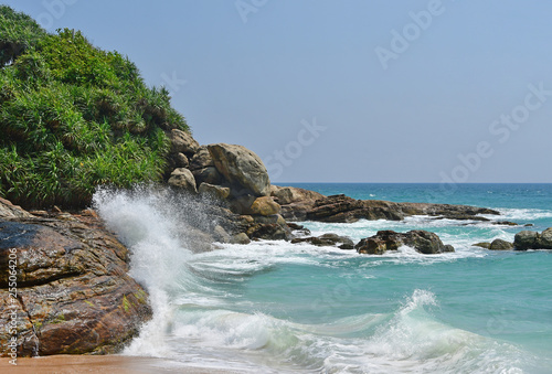 Photo India, Kerala. Beach of the Indian ocean in sunny day