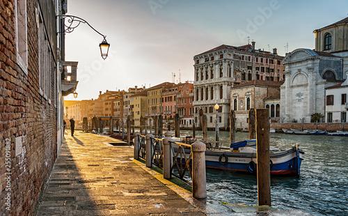 Venedig - 255091882
