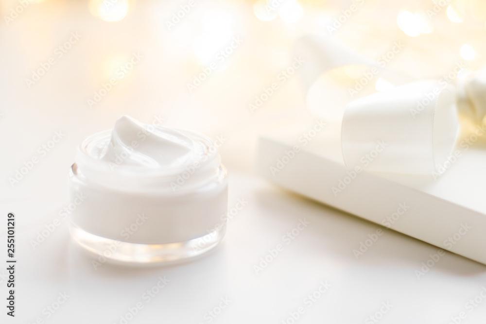 Fototapety, obrazy: Luxury face cream jar and holiday glitter