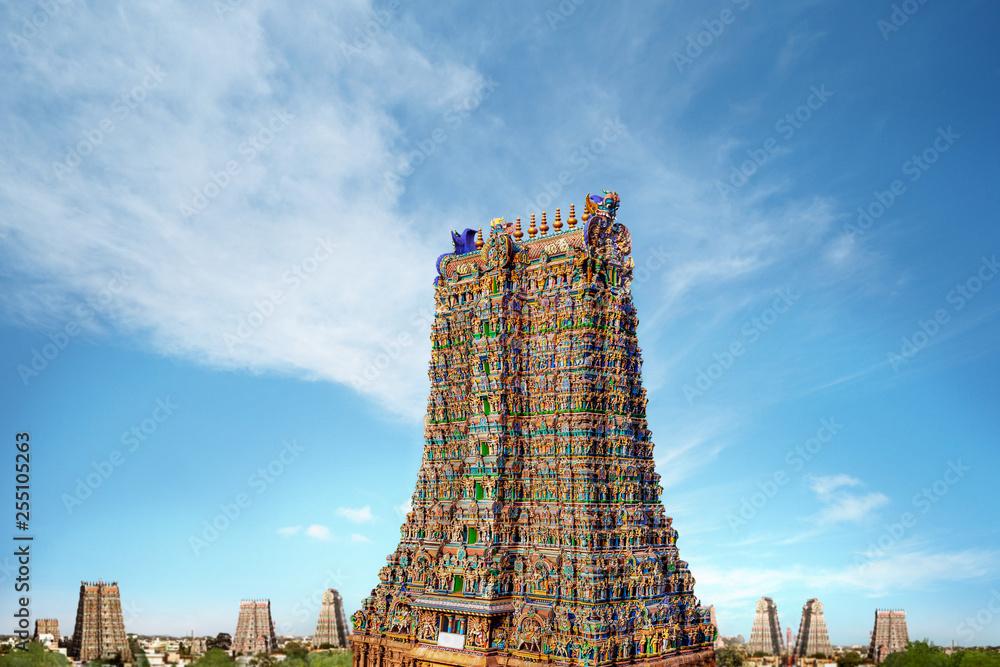 Fototapeta Meenakshi Amman Hindu Temple Gopuram