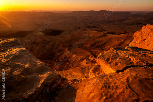 Tuinposter Rood paars landscape view of the desert at morning time, Mitzpe Ramon, Israel