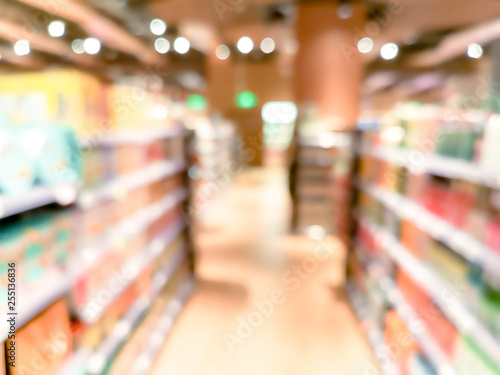 Fotografiet  blur background with bokeh of Supermarket store